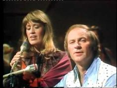 Vern Gosdin & Janie Fricke Hangin' On Country Music Videos, Country Music Stars, Country Musicians, Country Singers, Greatest Songs, Greatest Hits, Music Mix, Good Music, John Conlee