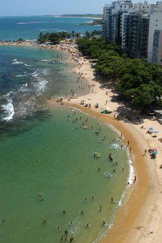 Praia das Castanheiras, Guarapari, Espírito Santo, Brasil