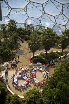 Jubilee party at the Eden Project by The British Monarchy, via Flickr