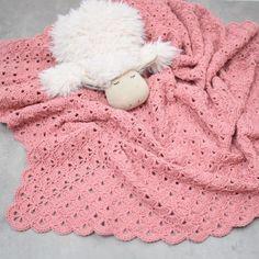 Mira Baby Blanket from Crochet Blanket Patterns, Baby Blanket Crochet, Crochet Baby, Knit Or Crochet, Crochet Hooks, Free Crochet, Baby Toys, Soft Baby Blankets, Free Pattern