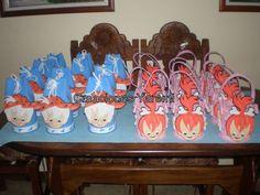 PEBBLES AND BAM BAM PINATA | cotillones de pebles y bambam y figuras para adornar la mesa