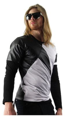 Shop for double layer shirt on Differio. The latest black long sleeve shirt by SAW with t-shirt attached underneath. Buy our double layer shirt for men here! Black Long Sleeve Shirt, Long Sleeve Shirts, Stylish Mens Fashion, Mens Activewear, Gym Shirts, Shirt Sleeves, Active Wear, Shirt Designs, Black White