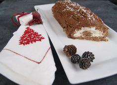 Bûche de Noël parfumée à l'orange Le Cacao, Orange, Whipped Cream, Parchment Paper Baking, Chocolate Fondue, Philly Cream Cheese