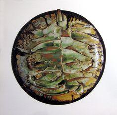 Wall plate by Ferreira da Silva, SECLA, 1964. Ceramic Design, Plates On Wall, Pottery Art, Portuguese, Portugal, Personalized Items, Spain, Vintage, Finding Nemo