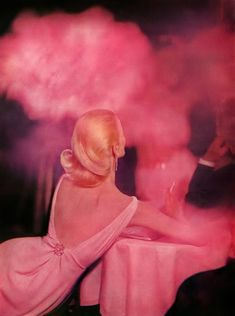 October Harper's Bazaar, photo by Richard Avedon 1957  love the colours