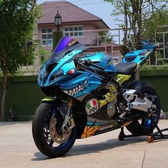 BMW S100RR with a Valentino Rossi makeover                                                                                                                                                                                 Más