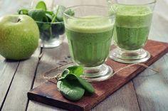 Spinatsmoothie mit Apfel und Brokkoli zum Abnehmen
