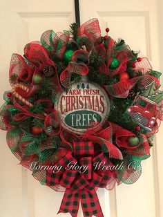 Items similar to Rustic Christmas Wreath. Wreath Ideas for front door. Buffalo plaid on Etsy Christmas Wreaths For Front Door, Fresh Christmas Trees, Christmas Greenery, Holiday Wreaths, Rustic Christmas, Christmas Art, Christmas Projects, Christmas Decorations, Winter Wreaths