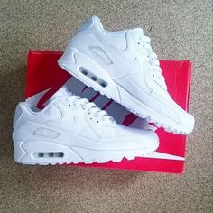premium selection bd9c3 12ec1 Sneakers - Womens Fashion  Show Us Your Sneaks SO to Danny Adames with  the triple white Nike Air Max 90 L..