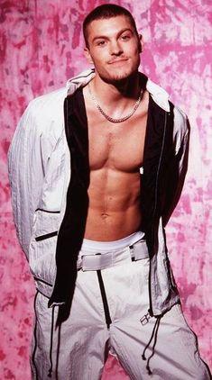 Brian Austin Green The first Channing Tatum:) Brian Austin Green, Men Tv, Luke Perry, Beverly Hills 90210, Smart Girls, Channing Tatum, Classic Man, Good Looking Men, Sexy Men