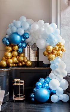 Balloon Arch Diy, Balloon Wall, Balloon Garland, Balloon Decorations, Large Balloons, White Balloons, Birthday Cake For Daughter, Happy Birthday Girlande, Gold Confetti Balloons