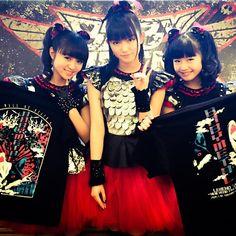 """Babymetal Newswire @babymetalnews_  """"@BABYMETAL_JAPAN: 本日!LEGEND""""2015""""〜新春キツネ祭り〜さいたまスーパーアリーナ開催DEATH!!#BABYMETAL"""