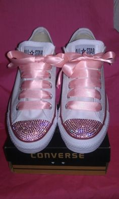 White adult ox Converse customised with genuine Rose Swarovski Crystals with FREE matching satin laces! Bling Converse, Bling Shoes, Glitter Shoes, Prom Shoes, Converse All Star, Converse Shoes, White Converse, Glitter Fabric, Glitter Clothes