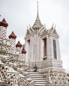 Wat Arun Bangkok | Thailand travel | Thailand photography | Best places in Thailand bucket lists | Best places in Thailand | | Thailand Instagram pictures | Thailand Instagram ideas | Thailand travel tips | Thailand travel photography | Thailand travel destinations | Thailand travel backpacking | Things to do Thailand top 10