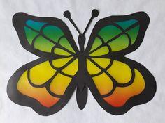 Motyl-witraż zpapieru