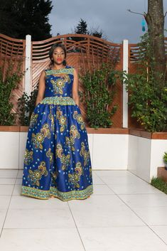 Our collection of African Style Dresses has unique designs, African fashion dresses for women and kids. African Maxi Dresses, Ankara Dress, African Attire, Latest African Styles, Wedding Dress With Pockets, Dress Pockets, Topshop, Zara, Women's Fashion Dresses