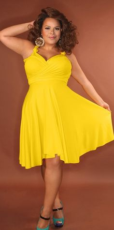 Plus Size Convertible Dress Curvy Girl Fashion, Plus Size Fashion, Mellow Yellow, Yellow Sun, Bright Yellow, Bright Colors, Mode Plus, Casual Dresses, Summer Dresses