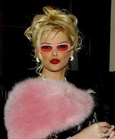 """Résultat de recherche d'images pour """"anna nicole smith pink sex"""""""