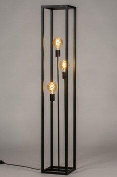 Vintage industrial – Eclectic Home Decor Today Metal Furniture, Industrial Furniture, Diy Furniture, Industrial Decorating, Furniture Stores, Vintage Industrial Lighting, Industrial Light Fixtures, Industrial Metal, Lampe Metal