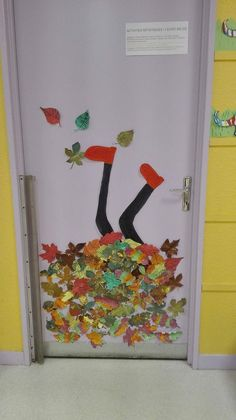 the door! - Bastelideen - Nice on the door! – Bastelideen -Nice on the door! - Bastelideen - Nice on the door! – Bastelideen -on the door! - Bastelideen - Nice on the door! – Bastelideen -Nice on the door! - Bastelideen - Nice on the door! Easy Fall Crafts, Diy Crafts To Do, Fall Crafts For Kids, Kids Crafts, Art For Kids, Arts And Crafts, Quilled Paper Art, Fall Preschool, Autumn Art