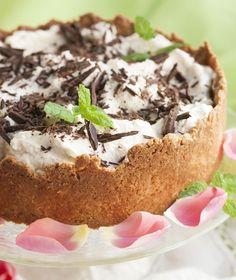 Banoffee-torttu - Banoffee pie, resepti – Ruoka.fi Baking Recipes, Cake Recipes, Banoffee Pie, Finnish Recipes, Camembert Cheese, Tart, Sweet Tooth, Recipies, Cheesecake