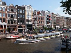 Canal in Amsterdam | The World in Pictures