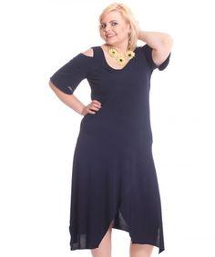 Edles Plus Size Kleid - schulterfrei.  Jetzt im Shop erhältlich:  www.designforyou.at/shop