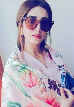 Pakistani Girl, Pakistani Actress, Round Sunglasses, Sunglasses Women, Actresses, Stars, Beautiful, Fashion, Photos