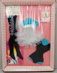 Vintage Barbie Ballerina fashion NRFB