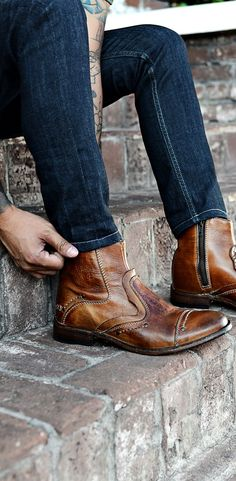 The weekend is almost here! Time to take your bike for a ride in this tan BEDSTU moto inspired boot. Pair with a skinny dark denim.