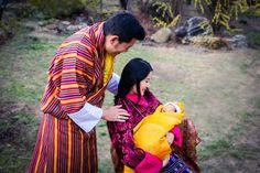 Bután celebra el nacimiento de su nuevo príncipe con la plantación de 108 mil árboles