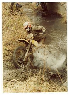 MOTORCYCLE 74: Vintage enduro