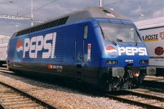 Train Light, Trains, Picture Layouts, Pepsi Cola, Light Rail, Fun Drinks, Beverages, Old Bottles, Mountain Dew