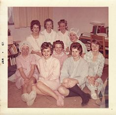 Everyday Life in the Past: Photo Slumber Parties, Teenage Dream, Party Hairstyles, Vintage Photography, Vintage Photos, Vintage Ladies, The Past, Couple Photos, Lady