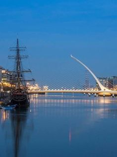 """The old alongside the new. Can you name the famous Irish laureate this Dublin bridge is named after. Hint: """"All of old. Ever failed. No matter. Fail again. Dublin Map, Dublin Hotels, Visit Dublin, Dublin Castle, Dublin City, Dublin Ireland, Ireland Travel, Flying Dutchman, Ireland"""