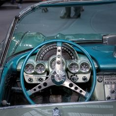 Chevrolet Corvette 1960 by Ganymede2009, via Flickr