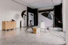 Home - Quartier Studio Linz Studios, Mirror, Space, Design, Furniture, Home Decor, Linz, Range Cooker Kitchen
