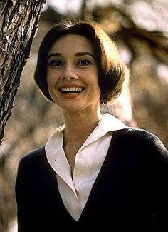 33-1061 Audrey Hepburn Los Angeles, CA