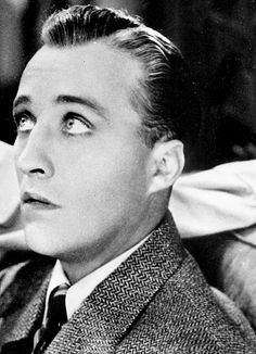 Bing Crosby the younger years. Hollywood Music, Hollywood Men, Golden Age Of Hollywood, Vintage Hollywood, Classic Hollywood, Glamour Movie, Perry Como, Bob Hope, Bing Crosby