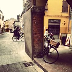 The streets of friendly Ferrara - Instagram by natalikkaru