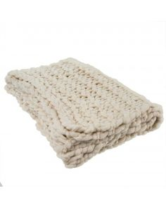 Chunky Natural Throw for Fall Pink Bedding, Luxury Bedding, Cozy Blankets, Throw Pillows, Crosses Decor, Home Reno, Interior Design Services, Home Decor Items, Merino Wool Blanket