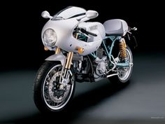 Ducati Sport Classic 1000 by Paul Smart Limited Edition