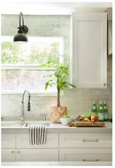 Kitchen - Whites/marble