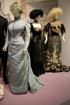Gemeentemuseum the Hague exhibition on 19th century fashion. Dress of the sister of the bride (Lydia de Kalinowa Zaremba). St. Petersburg, 1891, silk & cotton. (blue) & Dress ca. 1909-1910 (middle) & Dress ca. 1900 (right)