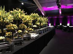 Indische Hochzeit in St Moritz / #shisha2go am Start. Besucht unsere Seite für mehr Infos: www.shisha2go.de St Moritz, Plants, India Wedding, Plant, Planting, Planets