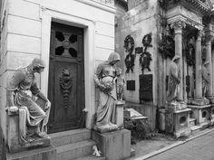 Fotografía del Cementerio de la Recoleta (Buenos Aires) by josemiguel_80, via Flickr