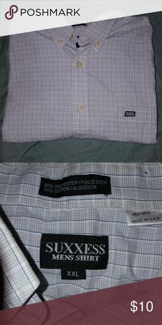 ?? NWOT Men's Dress Shirt NWOT light grey plaid button up dress shirt. Front left pocket. SUXXESS Shirts Dress Shirts