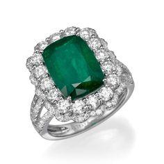 Cushion Cut Emerald Gemstone and Diamond Halo Fashion Cocktail Ring   14K White Gold