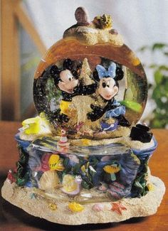 Disney Mickey & Minnie At The Beash Snowglobe with Pluto