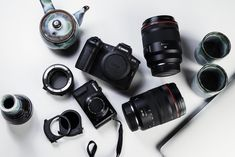 Check out Engadget's guide to cameras and photography! Photography Basics, Camera Photography, Professional Photography, Best Compact Digital Camera, Youtube Facts, Casey Neistat, Kinds Of Camera, Nikon D5600, Best Budget